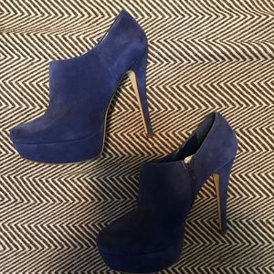 Aldo Blue suede shoes 💙